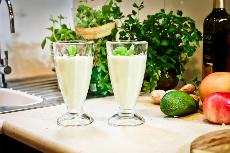 koktajl-z-mango-i-avocado (1)